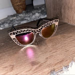 Accessories - CAT EYE FRAME FASHION SUNGLASSES